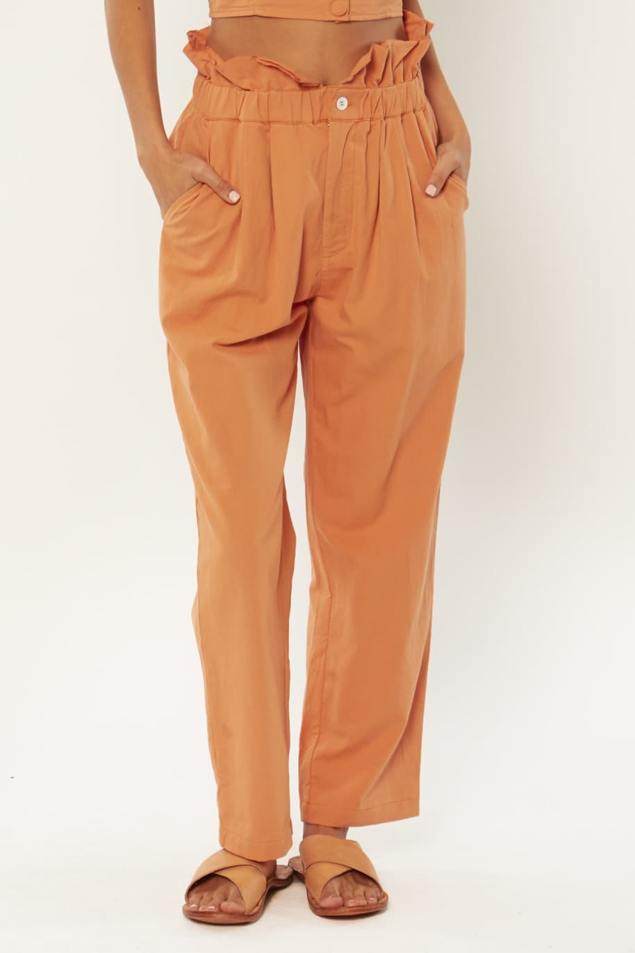 Amuse Right On Woven Pant | Trousers by Amuse 1
