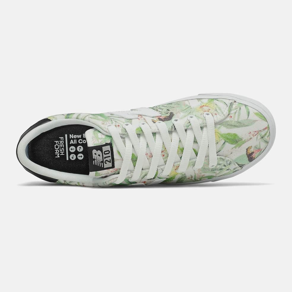 New Balance All Coasts AM210 Shoes - Green / White   Shoes by New Balance 2