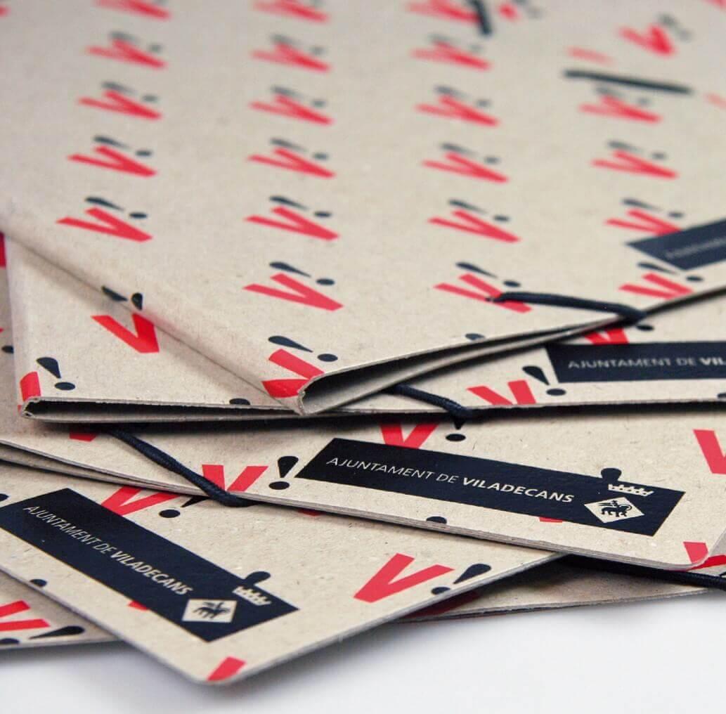 Carpetas personalizadas cartón 100% reciclado