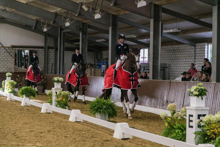 Die Platzierten des Kurz Grand Prix: Ingrid Klimke, Tobias Nabben und Sophie Holkenbrink