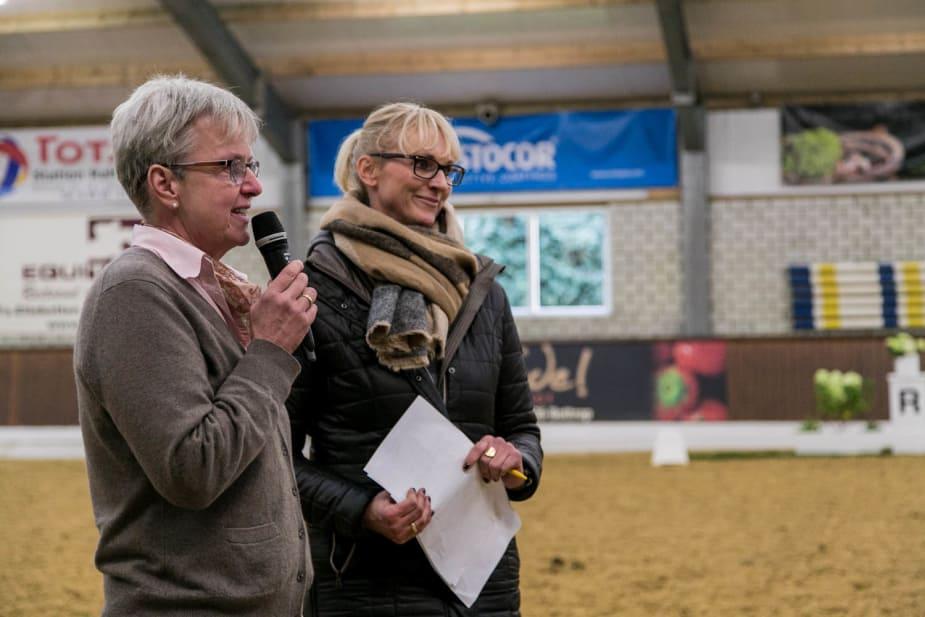 Dressurturnier: Barbara Nabben und Susanne Lange