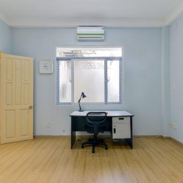 Cải tạo phòng làm việc và toilet Bình Chánh