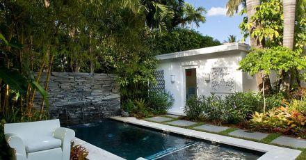 15 hồ bơi nhỏ lý tưởng cho sân nhà bạn