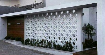 25 mẫu hàng rào bê tông đẹp và dễ xây để nhà bạn riêng tư hơn