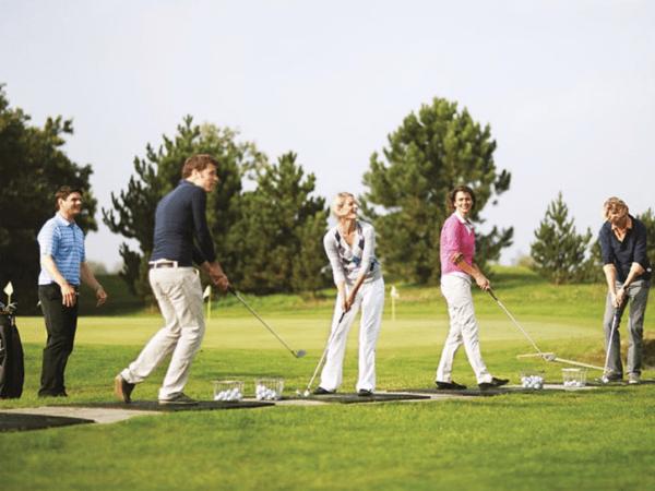 team-building-team-building-golf-paris-une-activite-cohesion-a-faire-en-equipe