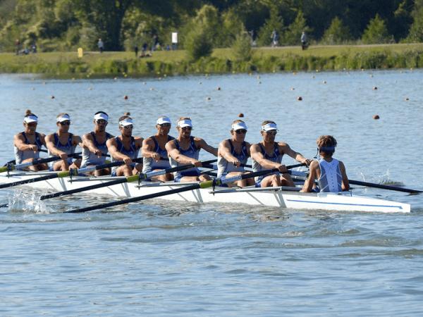 Team-Building-team-building-sur-la-seine-de-l-aviron-en-equipe-proche-de-paris