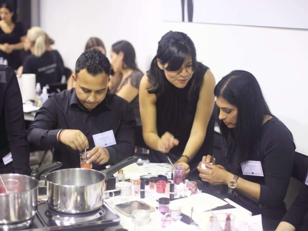 team-building-team-building-fabrication-de-produits-cosmetiques-a-paris