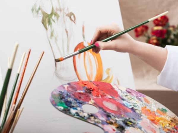 team-building-team-building-peinture-a-paris-de-la-creativite-avec-ses-collegues