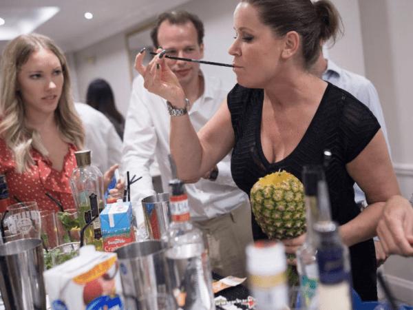 team-building-team-building-cocktail-challenge-a-paris-entre-collegues