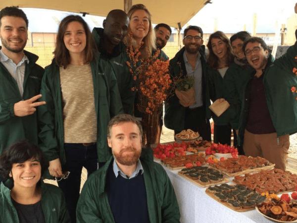 Team-Building-visite-et-degustation-entre-collegues-dans-une-ferme-parisienne
