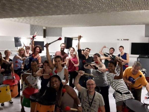 Team-Building-Atelier-de-Batugada-a-Paris-ou-en-Ile-de-France-a-faire-en-equipe