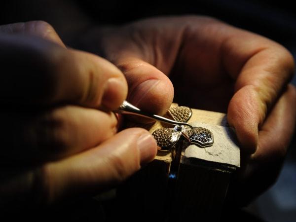 Team-Building-Bijoux-et-joaillerie-decouvrez-les-bijoux-talismans