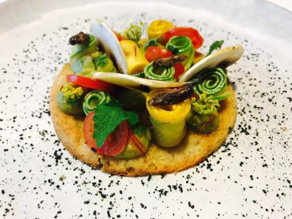 team-building-Apprenez-a-cuisiner-des-insectes-comestibles-en-equipe-a-Paris