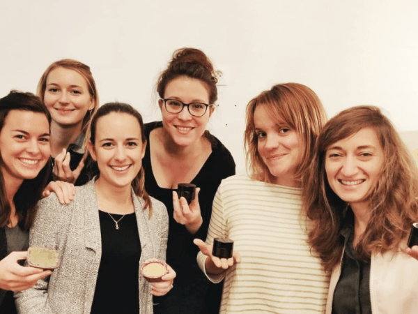 Team-Building-Team-Building-DIY-creation-de-cosmetique-shampoing-en-equipe-a-Paris