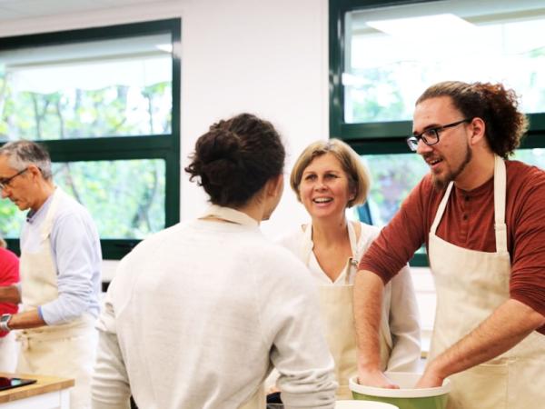 Team-Building-Atelier-decouverte-sur-le-chocolat-en-equipe-a-Paris