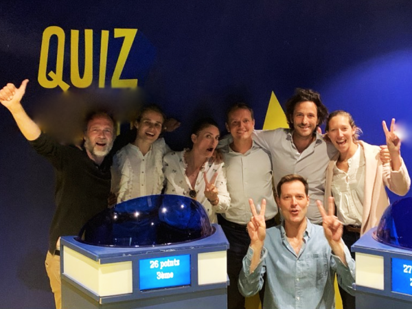 team-building-Quiz-et-jeux-en-equipe-pour-un-team-building-fun-a-Paris