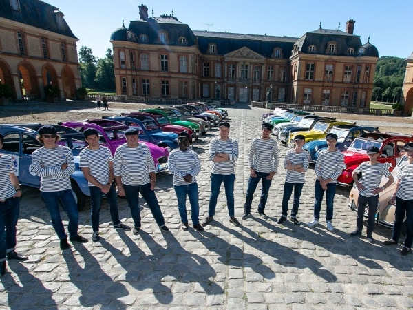 team-building-Team-Building-rallye-en-Vallee-de-Chevreuse-en-2CV-a-Paris