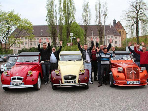 team-building-Team-Building-rallye-a-Versailles-en-2CV-en-equipe-a-Paris