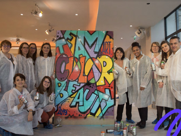team-building-Team-Building-en-equipe-pour-un-cours-de-graffiti-a-Paris