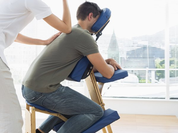 Team-Building-Animation-detente-bien-etre-et-massage-en-entreprise