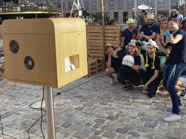Team-Building-Animation-photobooth-pour-votre-soiree-dentreprise