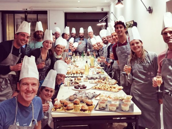 team-building-Team-Building-animation-culinaire-entreprise-a-Paris