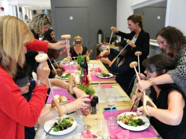 Team-Building-Team-Building-cuisine-insolite-cocktail-dinatoire-a-Paris