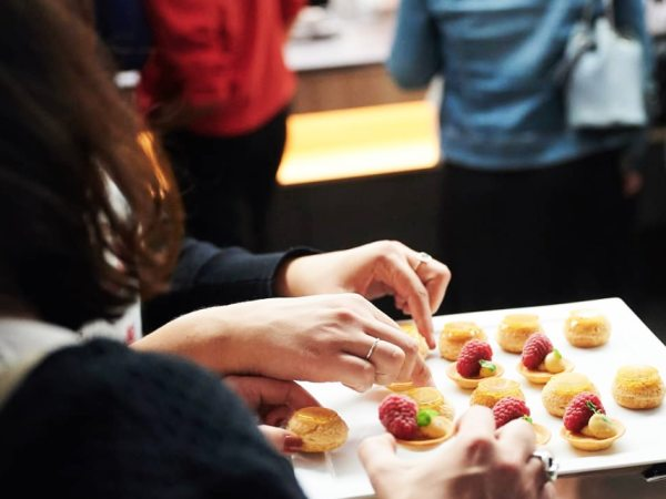 Team-Building-Team-Building-cours-de-patisserie-pate-a-choux-a-Paris