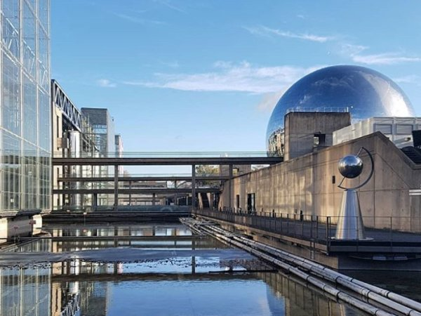team-building-Team-building-la-cite-des-sciences-et-de-lindustrie-en-equipe-a-Paris