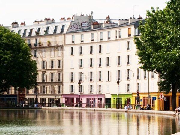 Team-Building-Team-Building-visite-guidee-cine-balade-en-equipe-a-Paris