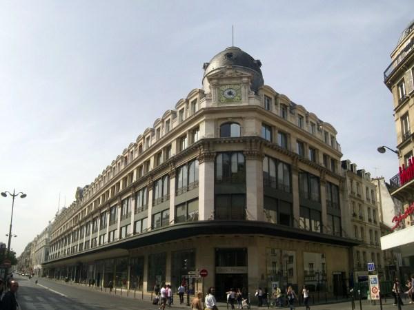 Team-Building-Visite-guidee-en-ligne-la-fabuleuse-histoire-des-grands-magasins