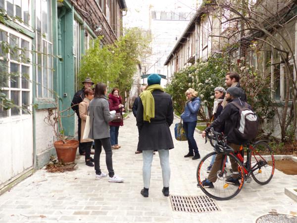 Team-Building-Visite-en-lignele-chemin-du-Montparnasse-haut-lieu-des-annees-folles