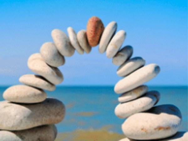 Team-Building-Team-building-detente-et-ressourcement-avec-du-yoga-a-distance