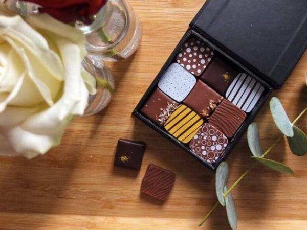 team-building-Coffret-cadeau-special-Paques-en-equipe-coffrets-chocolats-entreprise