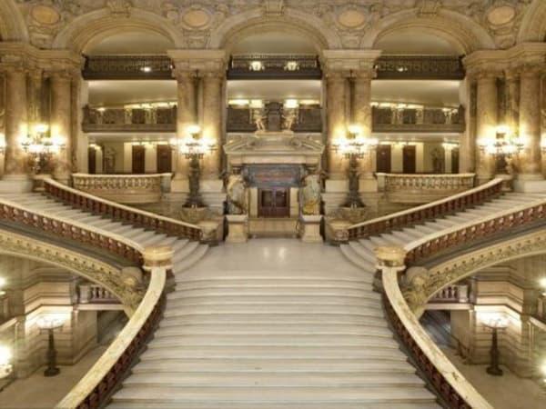 team-building-visite-de-l-opera-garnier-a-paris-avec-votre-entreprise