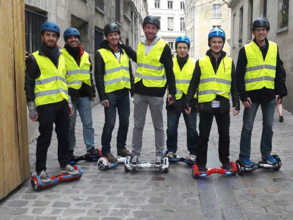 Team-Building-balade-en-hoverboard-a-paris-team-building-a-decouvrir