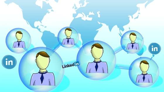 To, co vám LinkedIn umožní v rámci cílení, nezažijete na jiné sociální síti. Uživatelé v drtivé většině na LinkedIn zadávají pravdivé informace, jelikož to je jejich online CV a většina zaměstnavatelů si profil na LinkedInu prochází před pohovorem, proto se dá očekávat, že na něm budou pouze pravdivé informace.