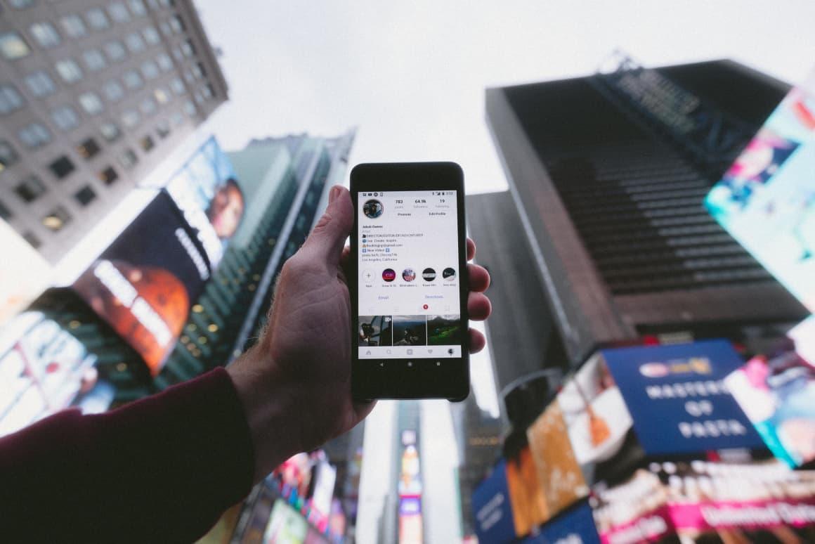 Instagram Guides jsem již několikrát viděl jako zajímavou inspiraci na zajímavé kavárny, bistra nebo obecně gastro podniky.