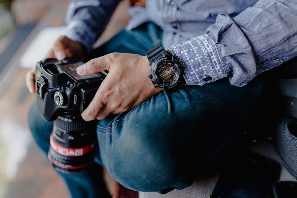Pokud chcete využívat nejlepší fotobanky a nebo fotobanky free, pak vám je mohu vřele doporučit v případě, že jste v časovém pressu nebo máte limitované finanční prostředky. V ostatních případech prosím jděte vždy cestou vlastní produkce. Vytvořte si obsahový plán nebo plán všech fotek, které budou třeba na web a e-shop a při jednom focení je nafoťte.