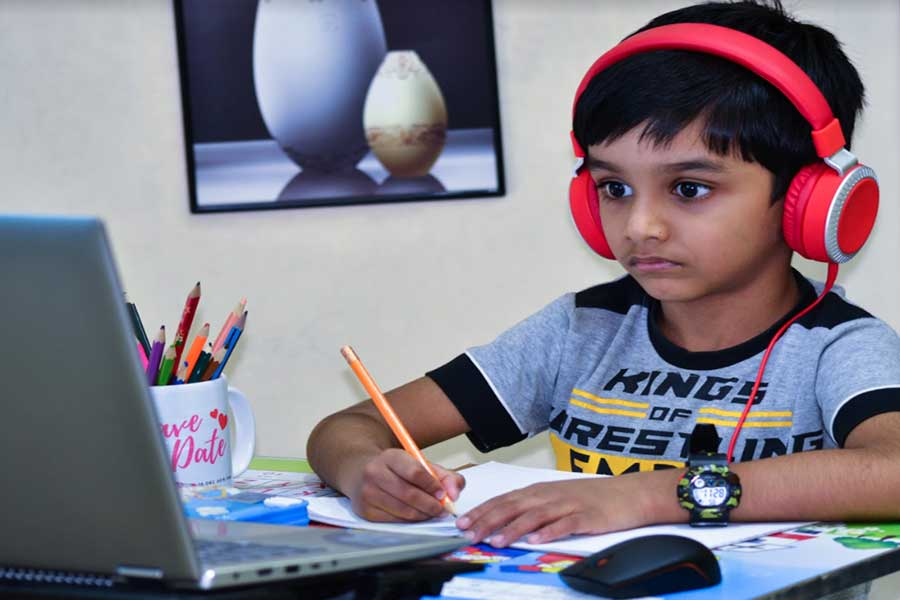 boy receiving private online tuition