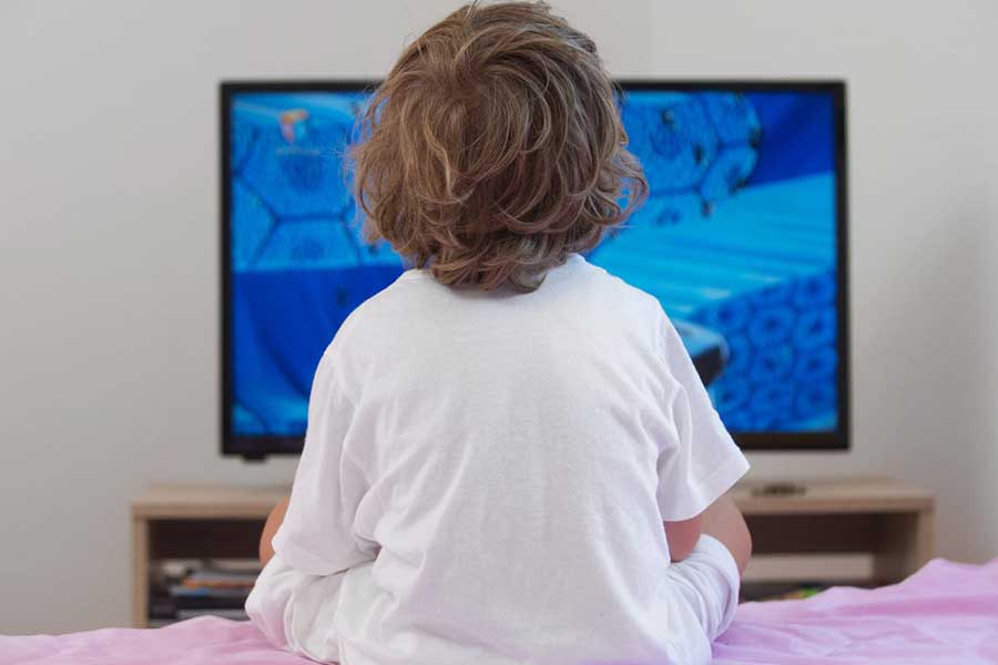 no kids' screen time before bed