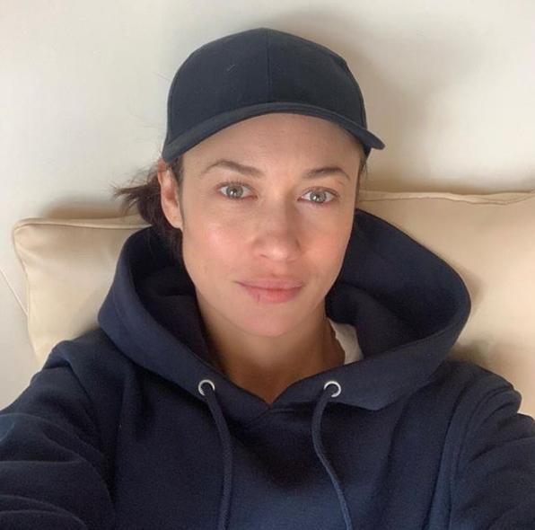 Заболевшая коронавирусом актриса Ольга Куриленко пошла на поправку