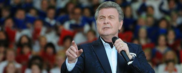 Лев Лещенко в больнице спел для поклонников песню «Надежда»