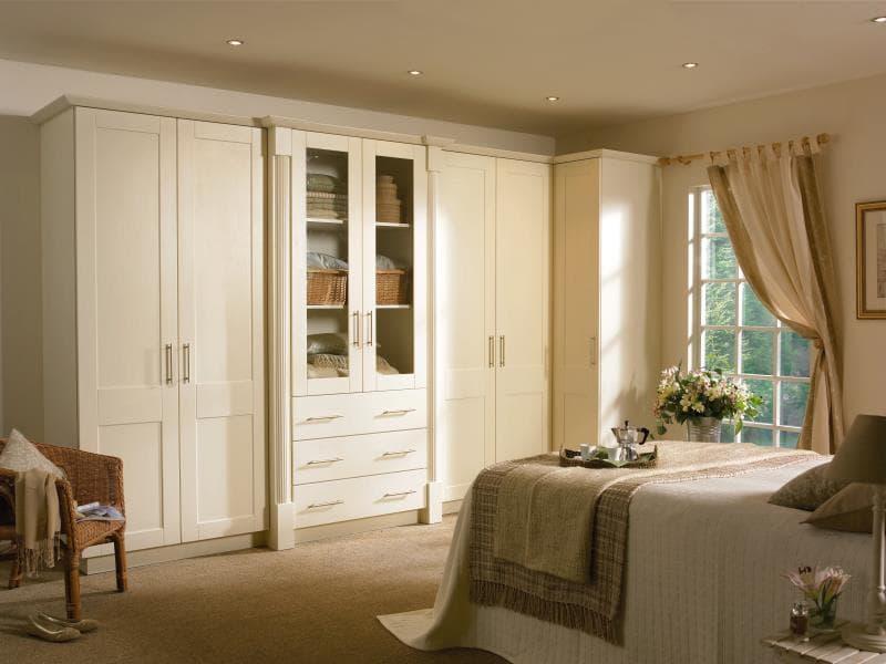 CGI Bedroom Phoenix Cologne Ivory