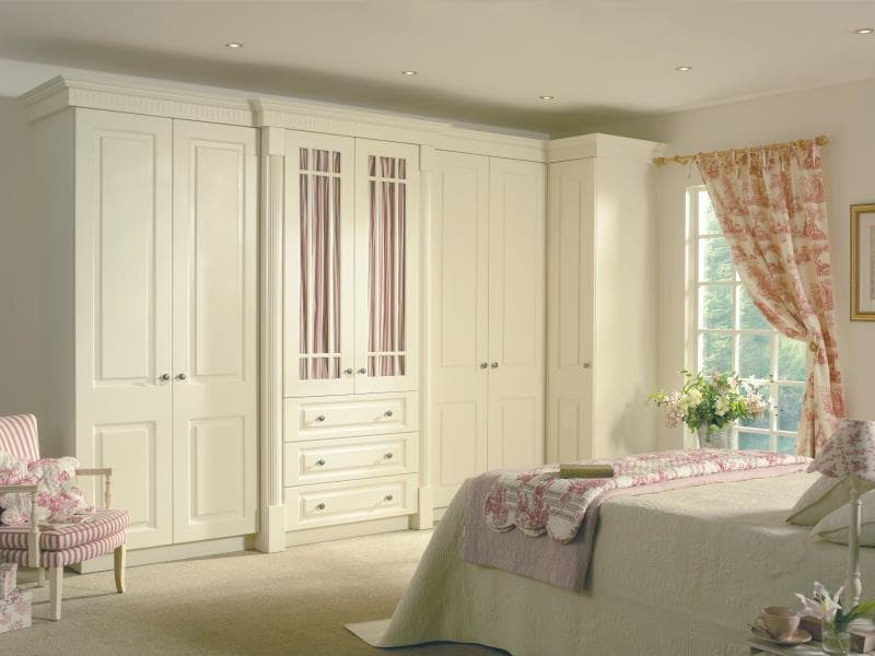 CGI Bedroom Prague Ivory