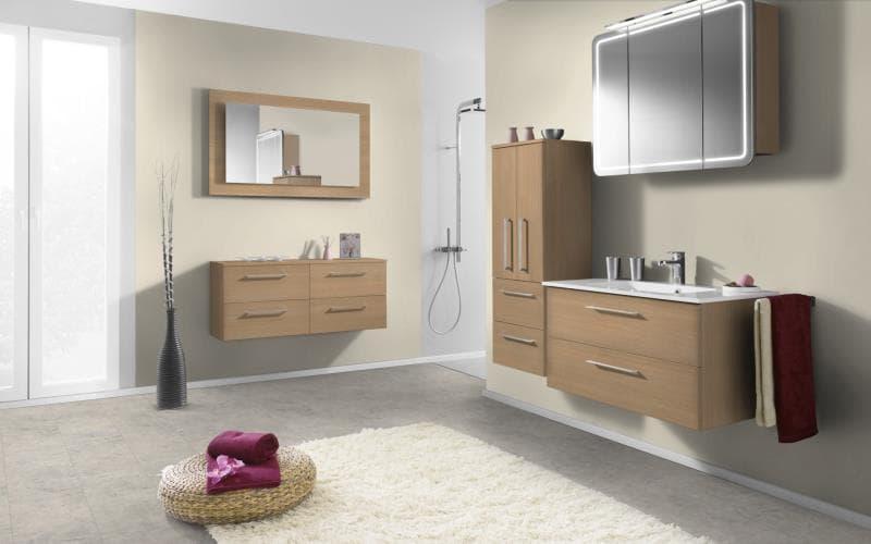Economique Matt Light Ferrara Oak Bathroom