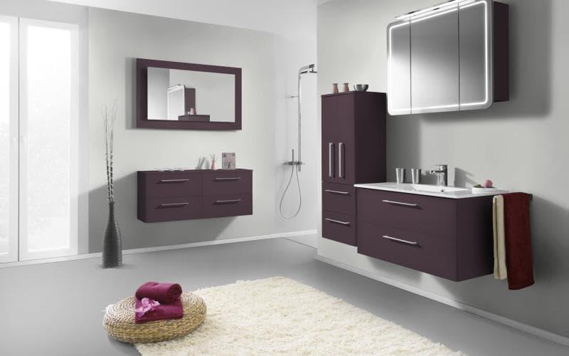 Treviso Handle-less Gloss Aubergine Bathroom