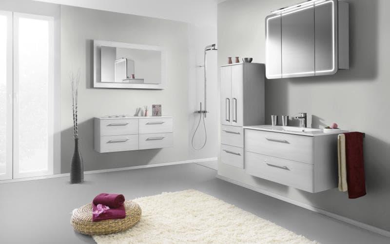 Treviso Handle-less Gloss White Bathroom