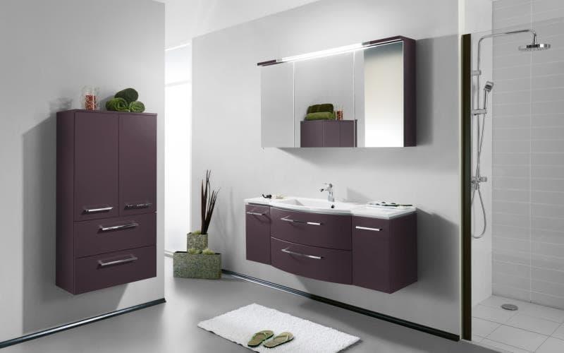 Saturn Gloss Aubergine Bathroom