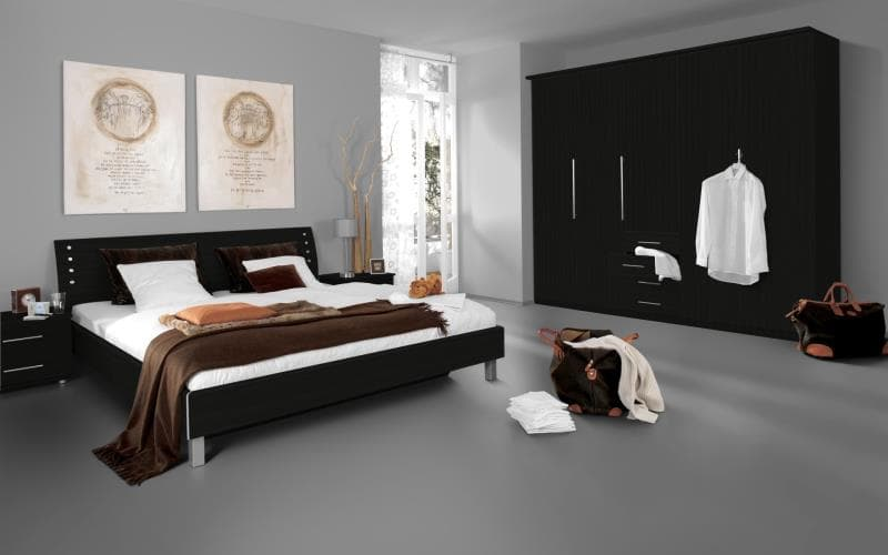 Saturn Gloss Black Bedroom